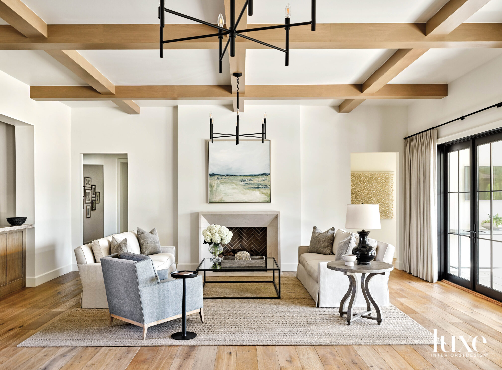 Arizona Cottage Full Of Light Welcomes Travelers Home