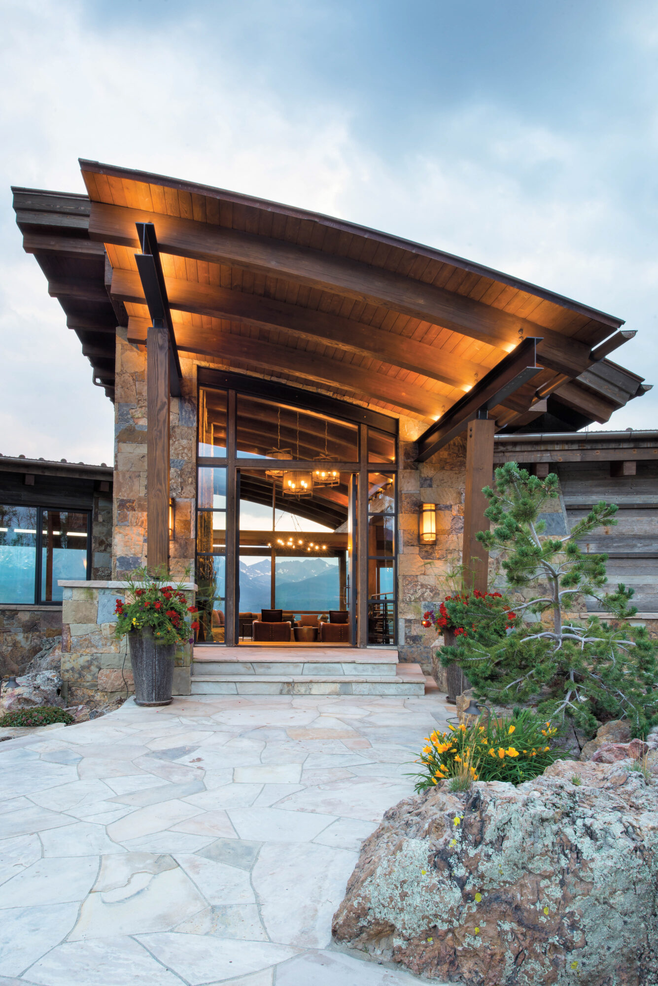 outdoor picture of home with intricate roof