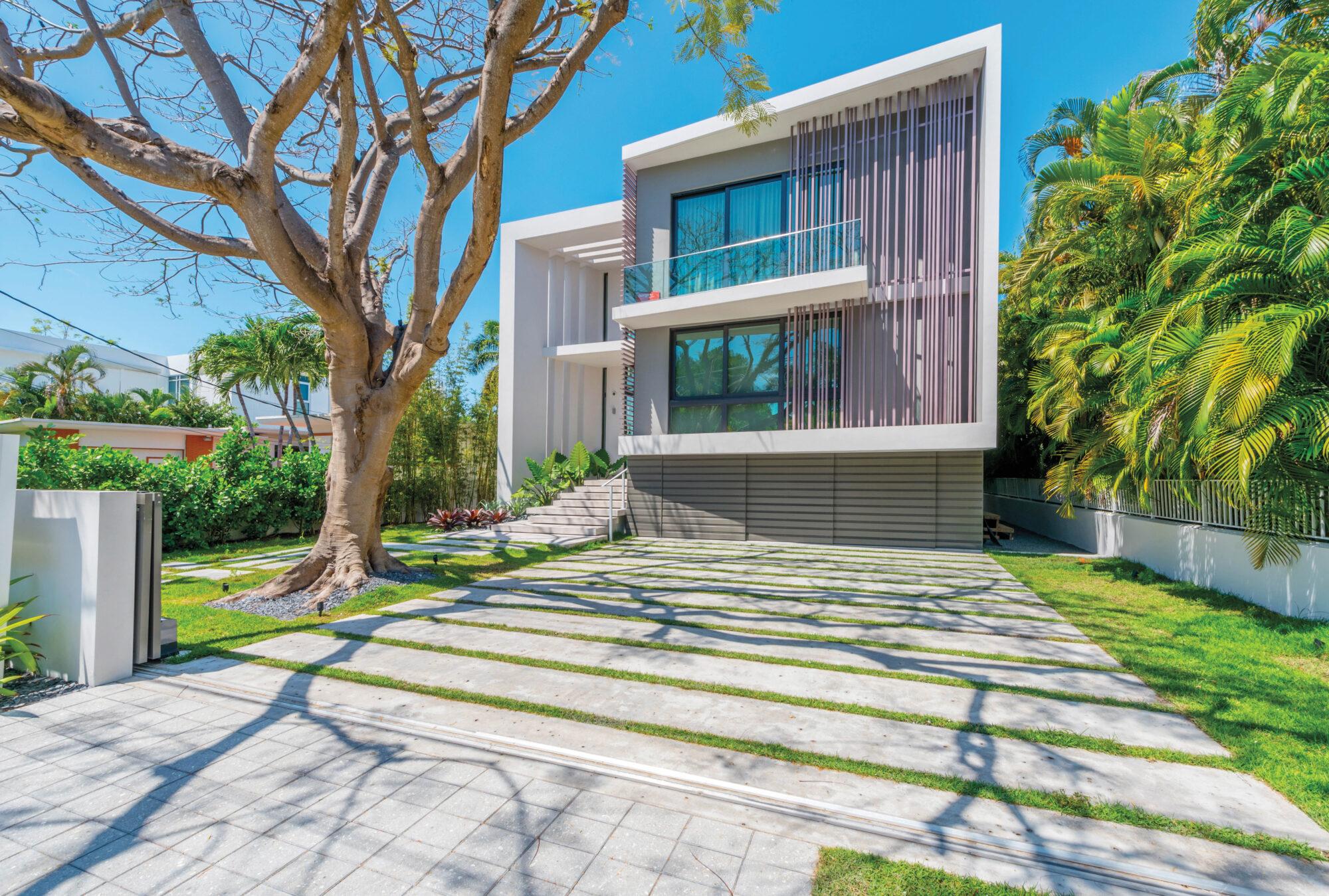 Miami Architect Reinaldo Borges Shares Plans For The Future {Miami Architect Reinaldo Borges Shares Plans For The Future} – English