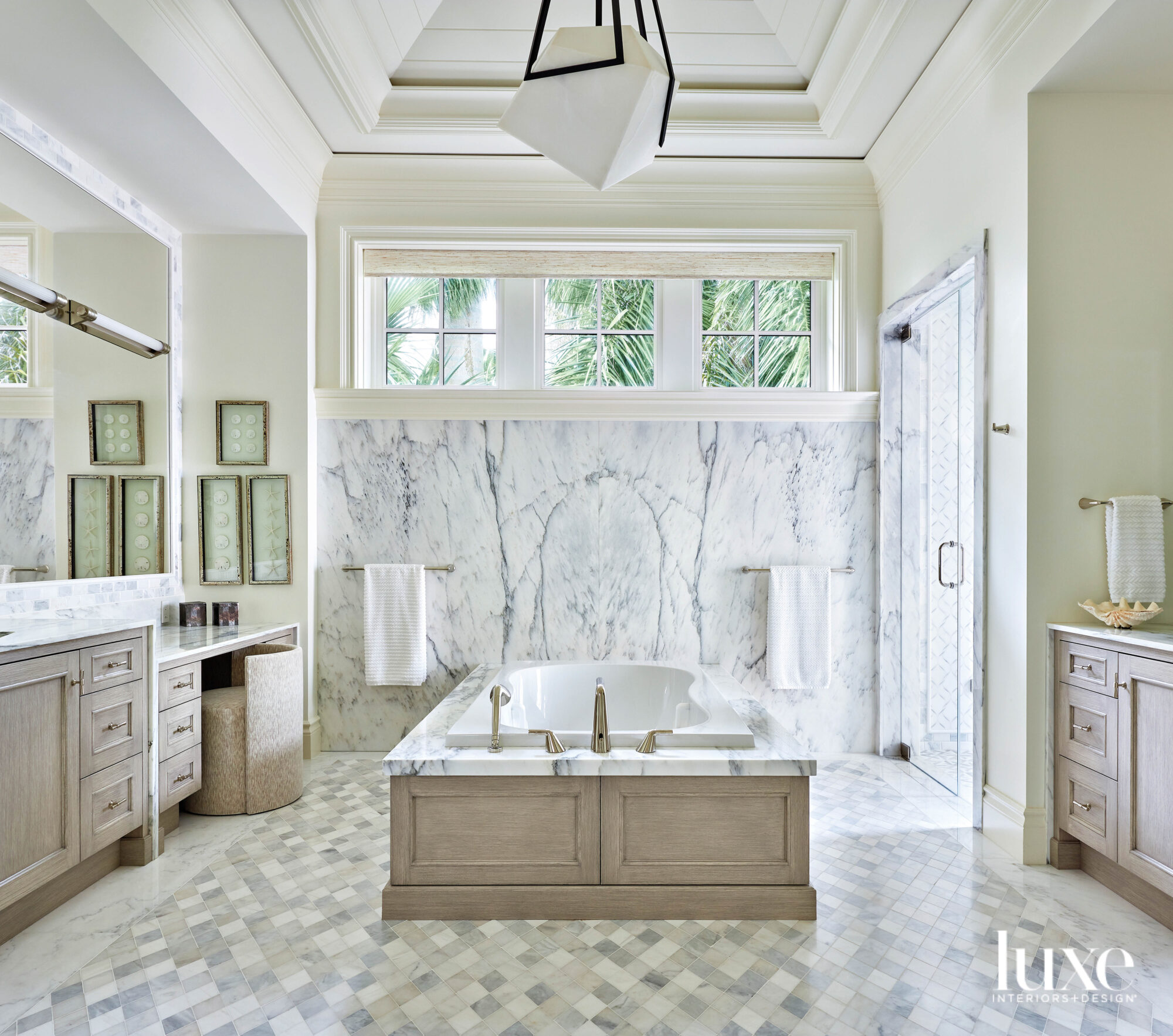 Main bathroom with marble walls...