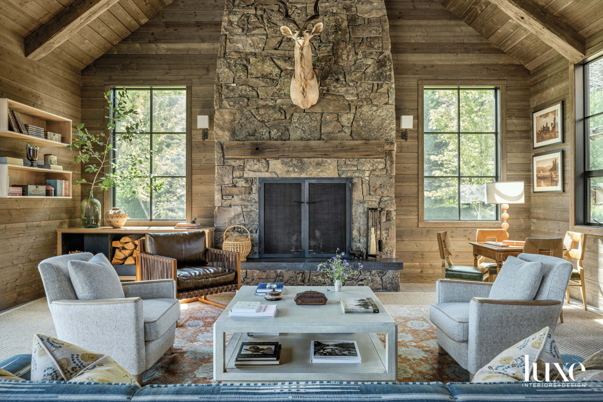 Great room facing the fireplace...