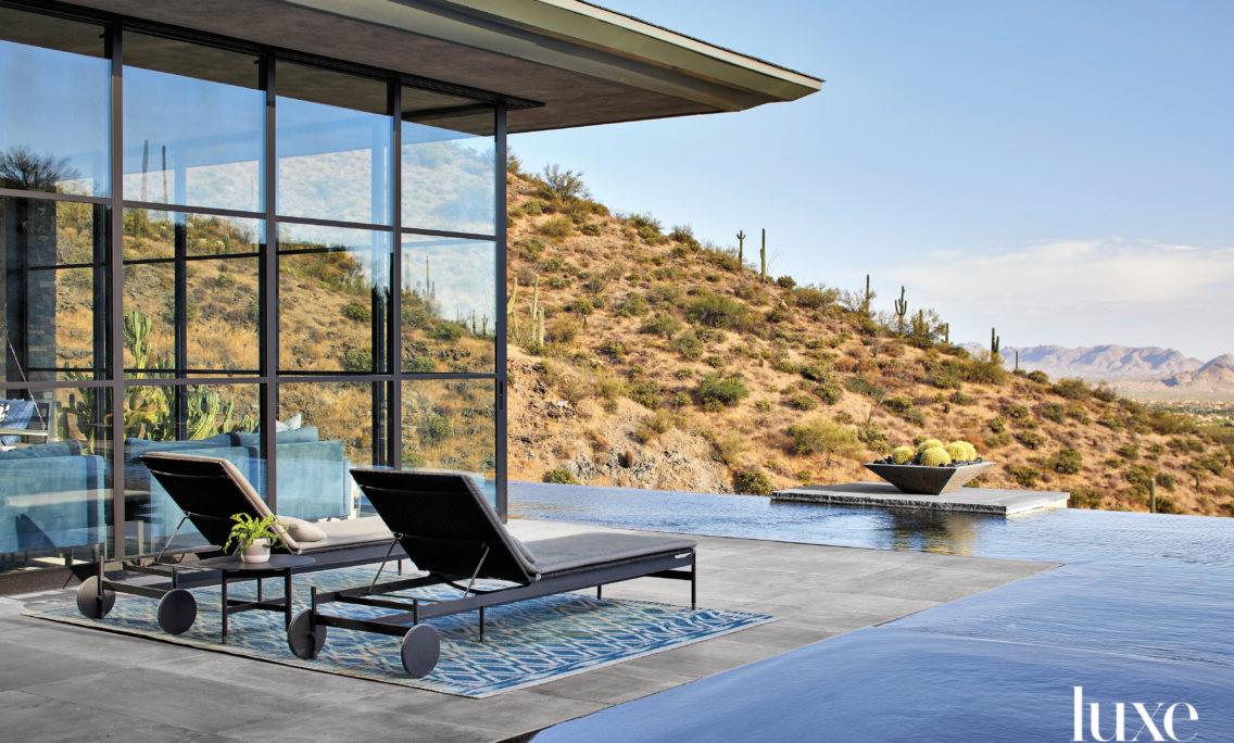 Minimalism Takes The Lead In A Resort-Like Arizona Mountain Home