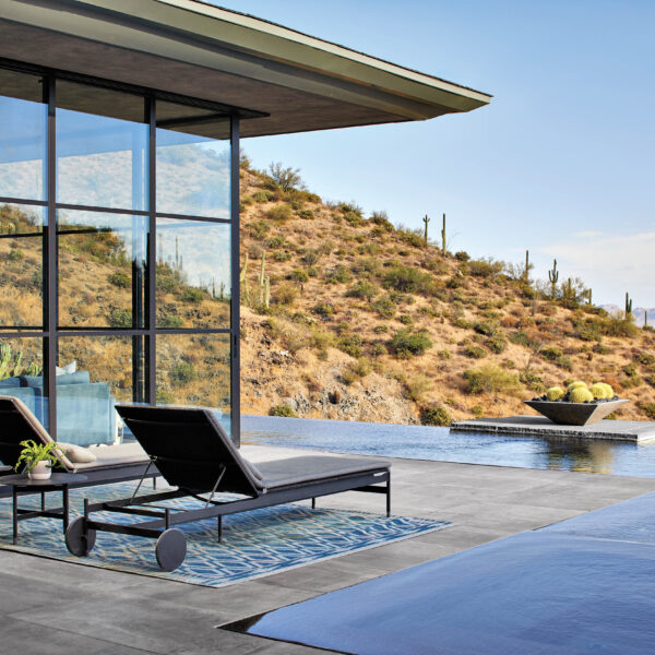 Minimalism Takes The Lead In A Resort-Like Arizona Mountain Home
