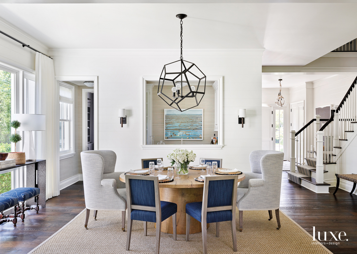 round dining table with sisal...