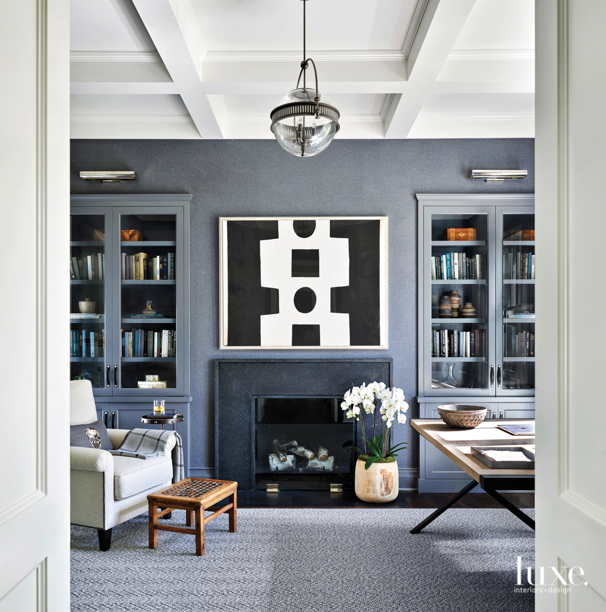 office with gray flannel wallcovering