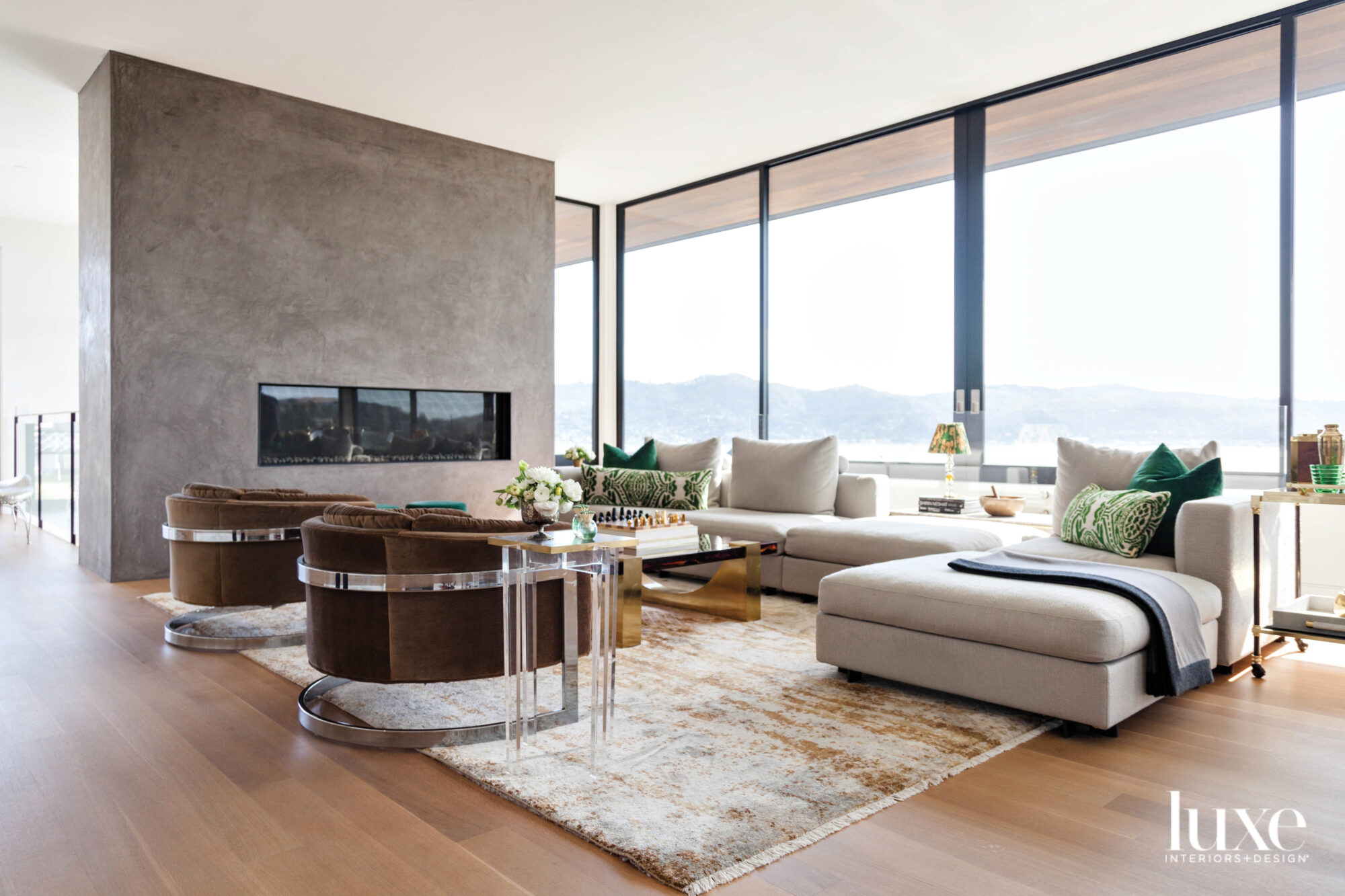contemporary living room floor-to-ceiling windows