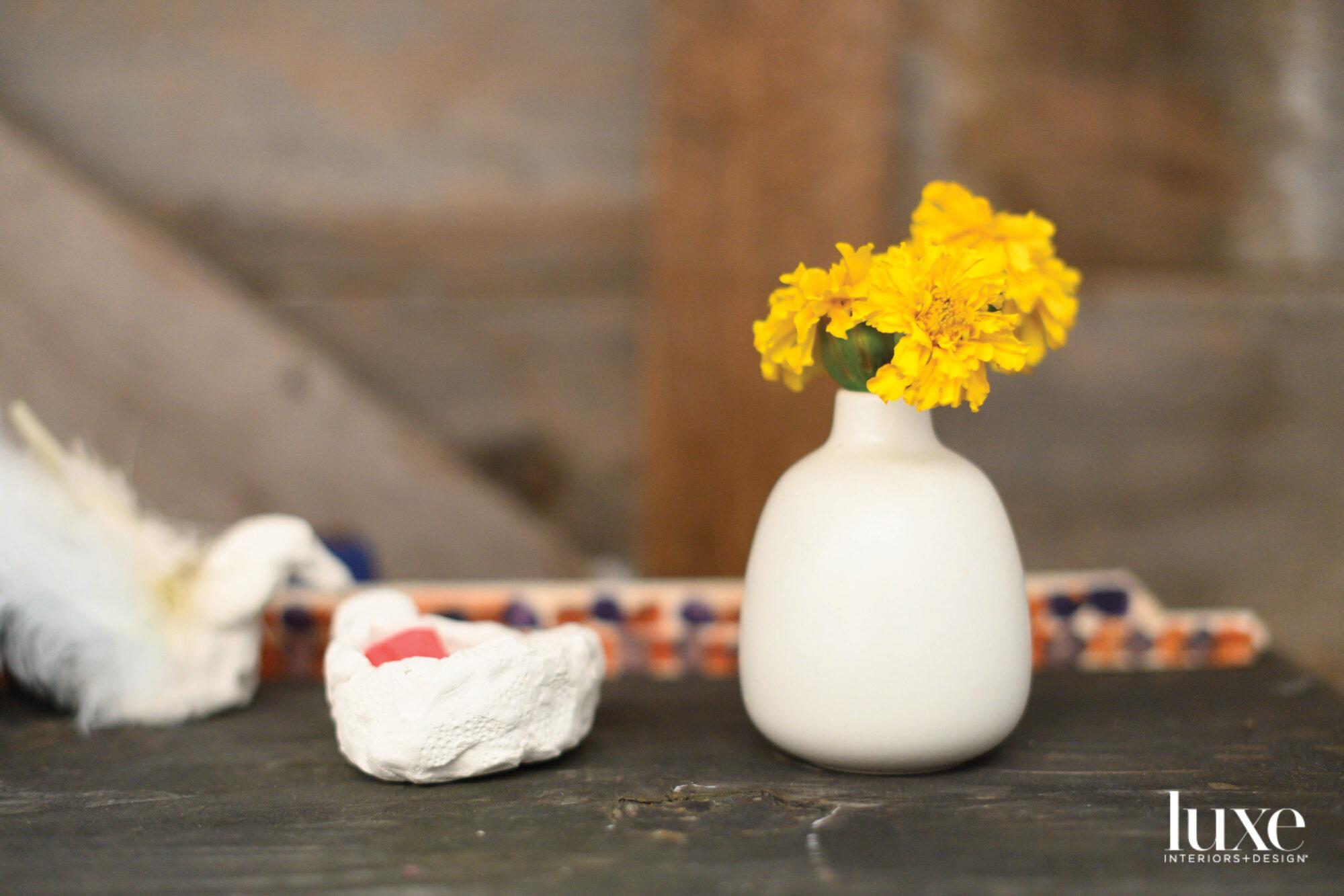 rachel kaye studio table with flowers