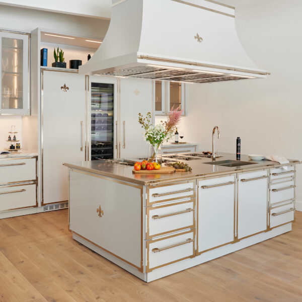 How L'Atelier Paris Is Customizing Dream Kitchens Inch By Inch