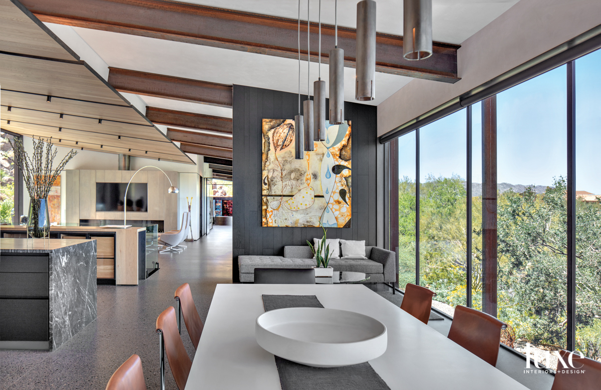 An dining space that opens...