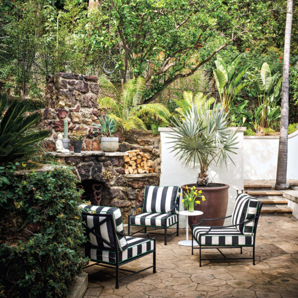 3 Pros Share How To Make Your Outdoor Decor Next-Level