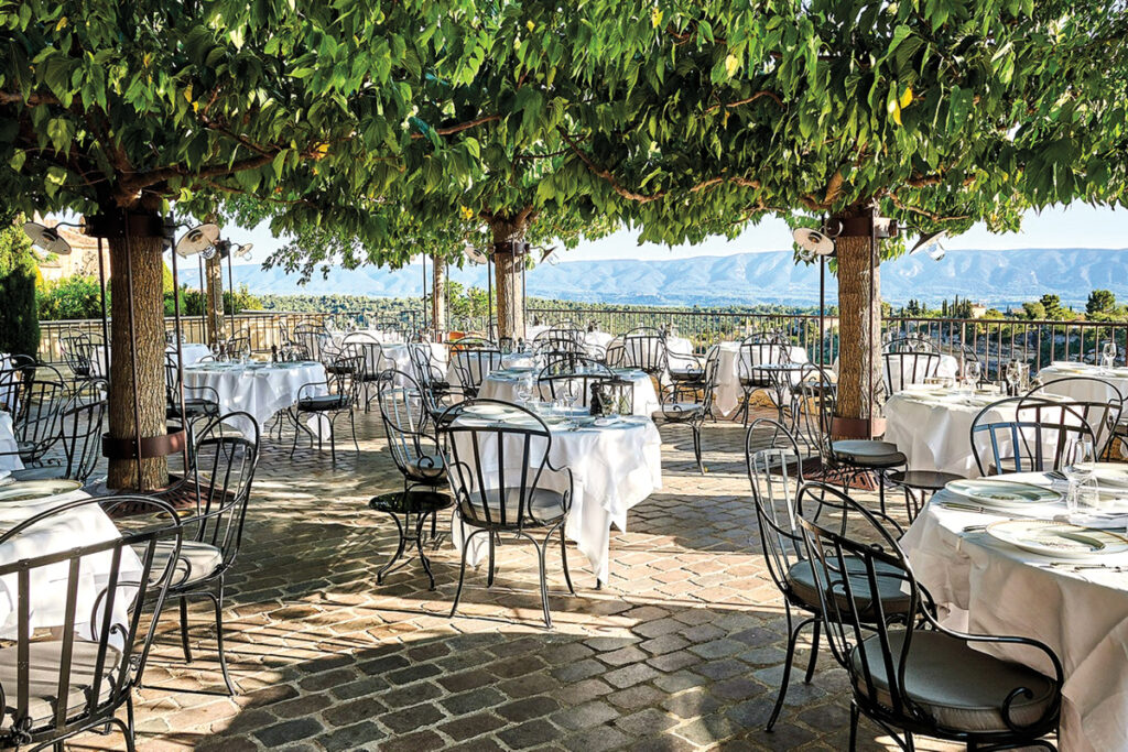 bistro chairs outdoor seating