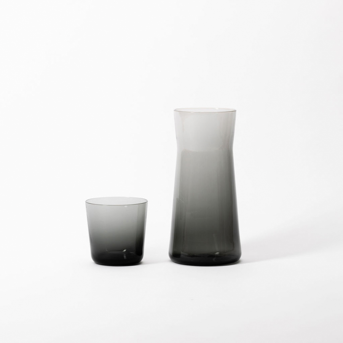 gray cup and carafe