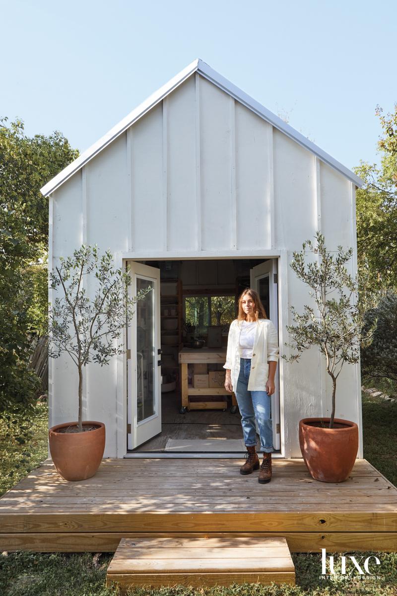 Exterior of ceramicist Megan Leihgeber's Austin Studio.