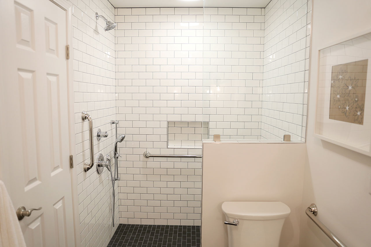 soard white bathroom