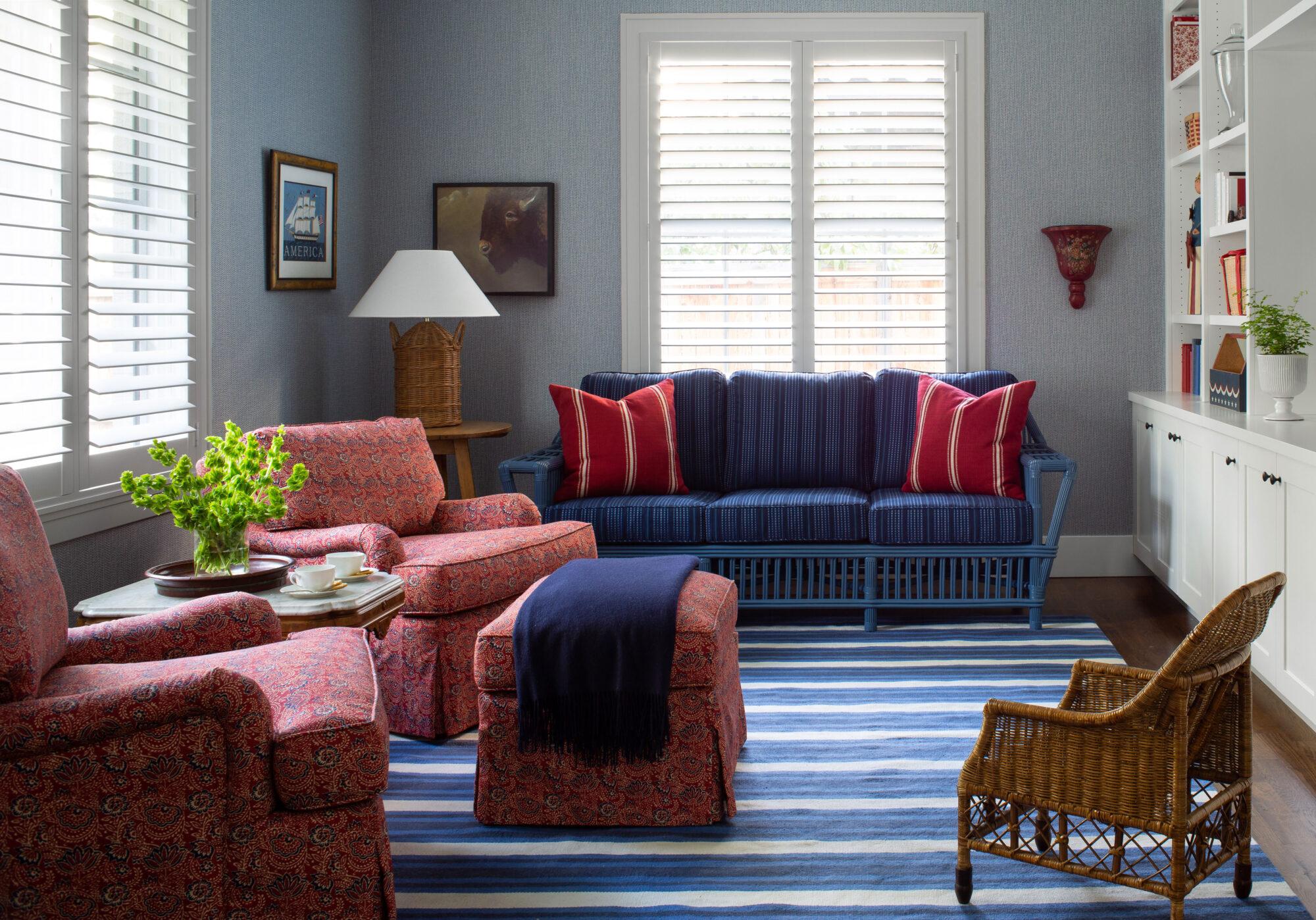 A sitting room has light...