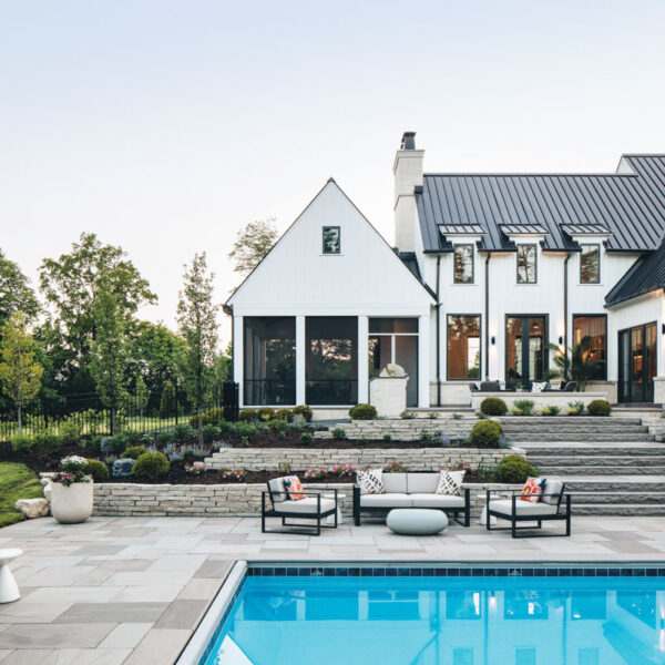 Farmhouse Style Gets A Touch Of Funk Outside Chicago