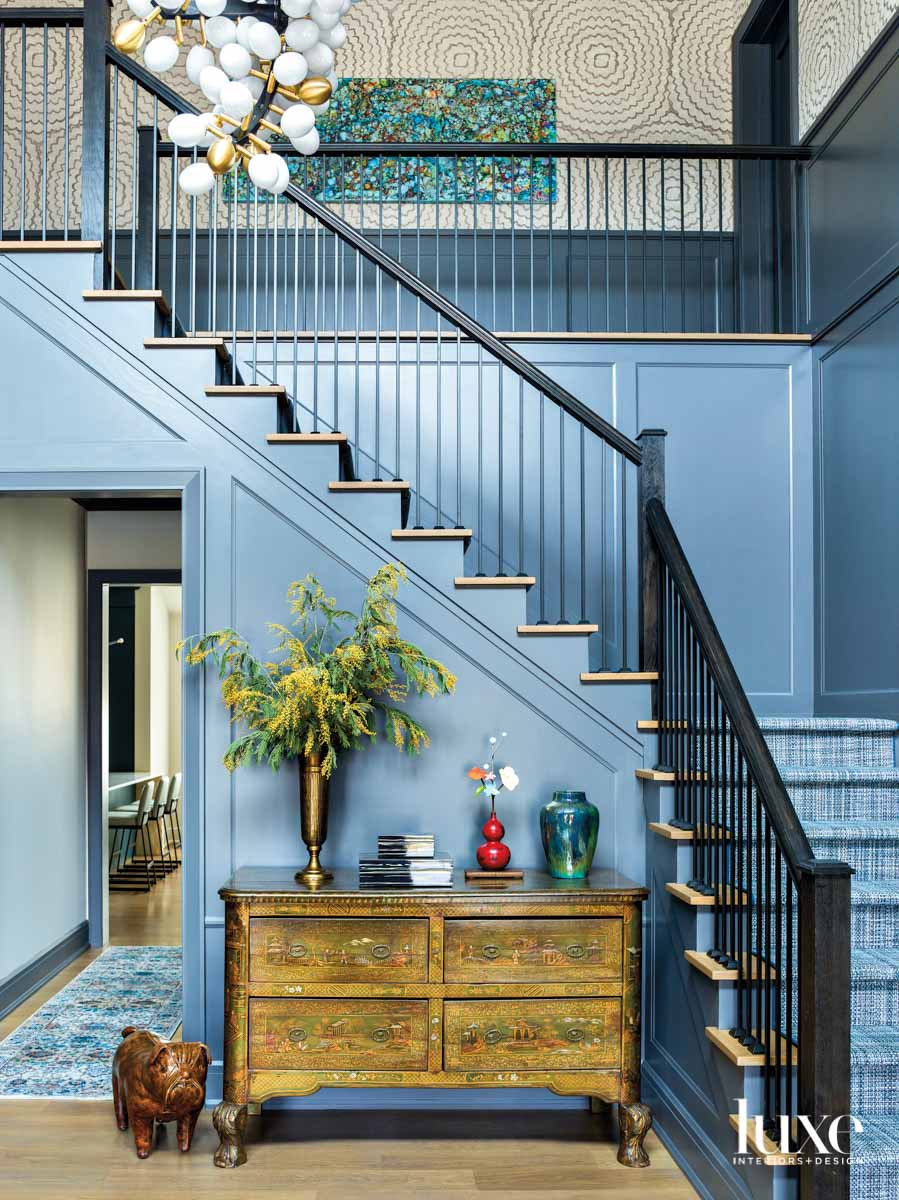 gold and blue foyer