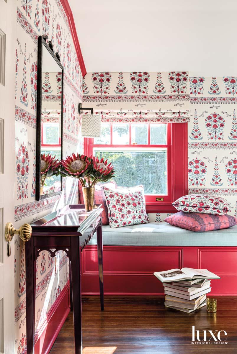 pink red pattern wallpaper bedroom