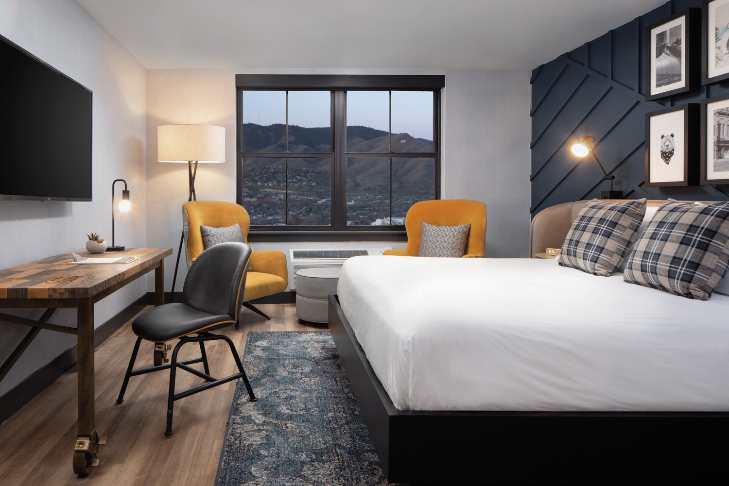 The Hotel Breathing Fresh Life Into Colorado's Mining History {The Hotel Breathing Fresh Life Into Colorado's Mining History} – English