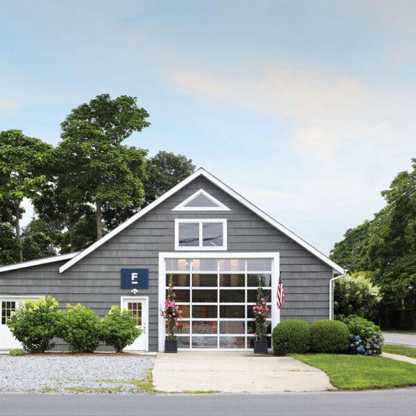 Inside A Hamptons Hybrid Barn And Art Gallery