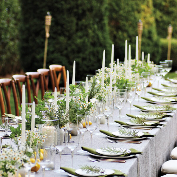 Quick Floral-Styling Tips For Any Tablescape