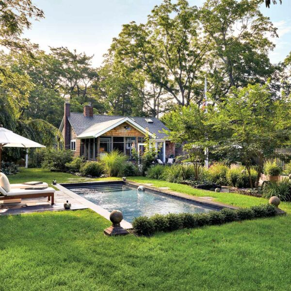 This Magical Long Island Garden Is An Idyllic Hideaway For Two