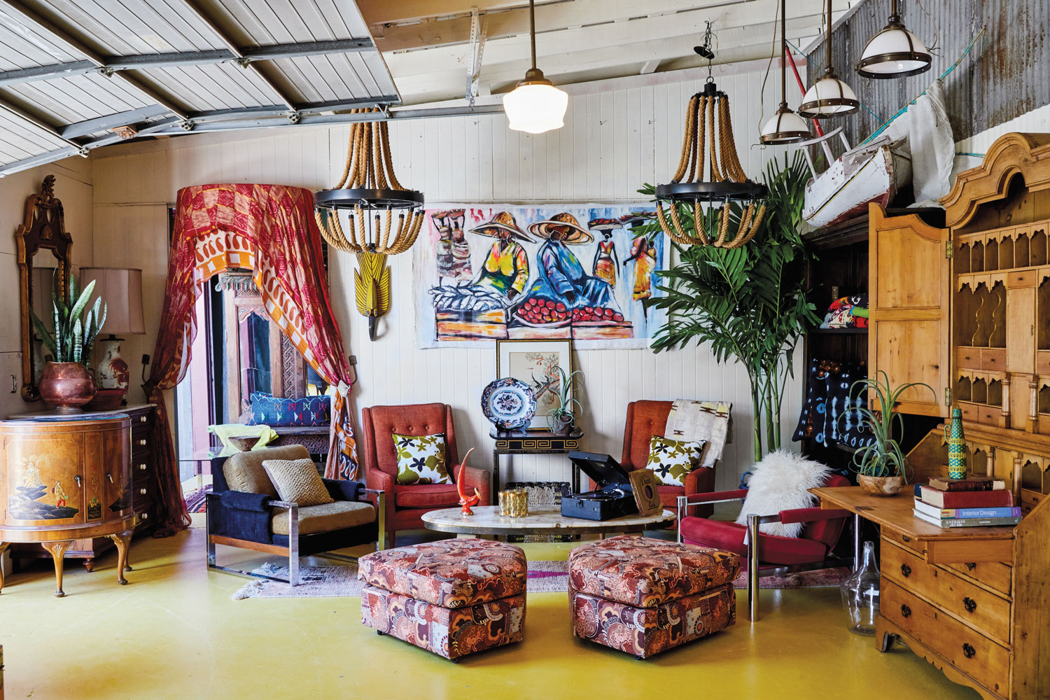 Room with bohemian red, magenta and blue accents