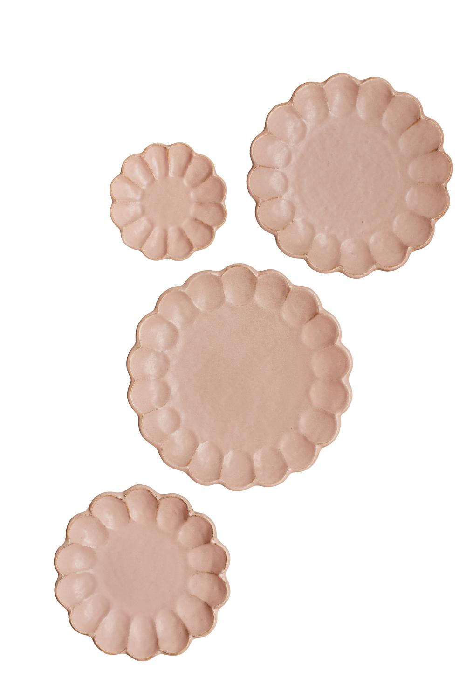 pink scalloped plates