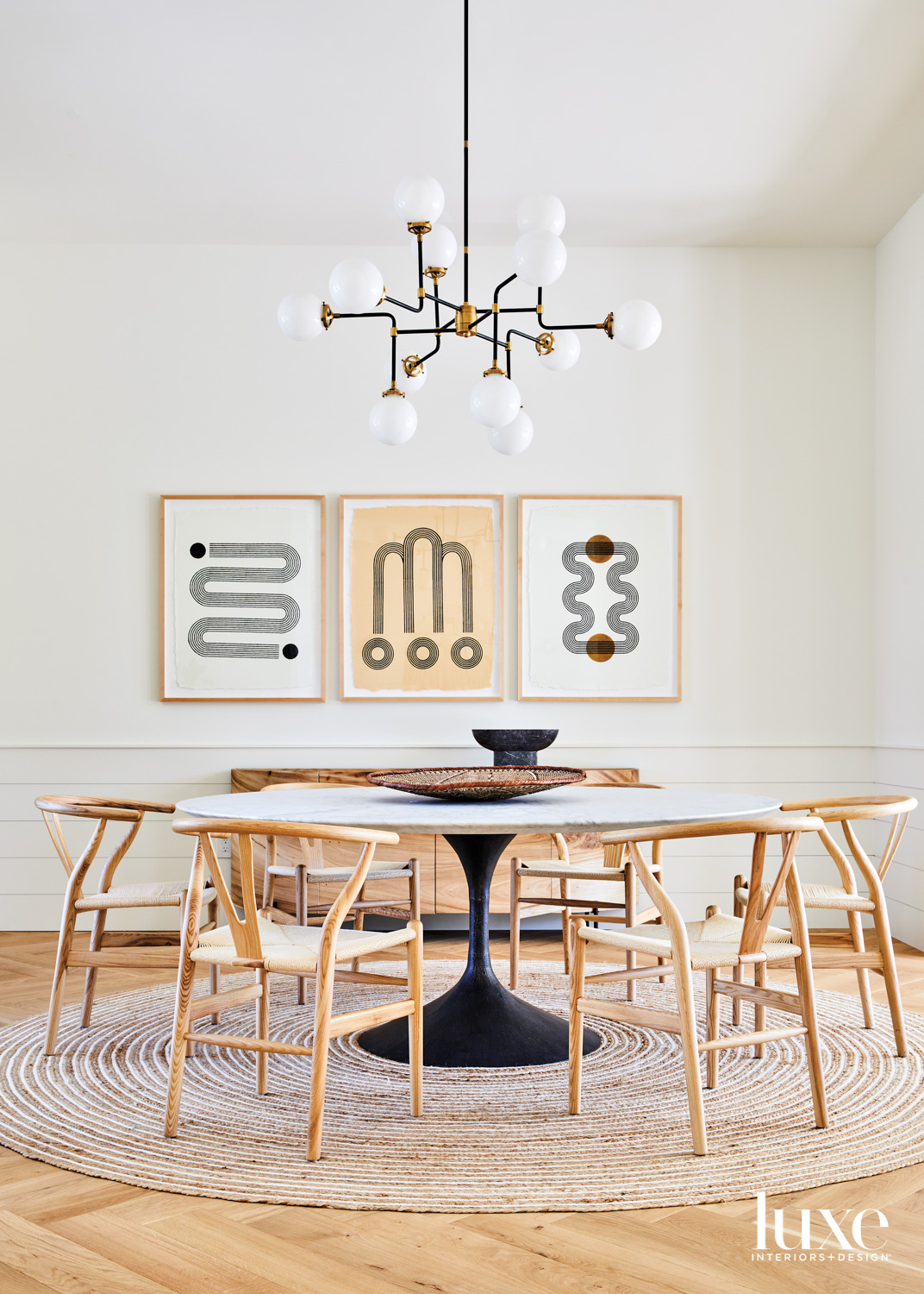 dining area with round table,...