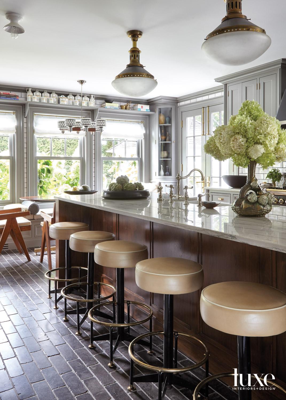 kitchen island vintage stools