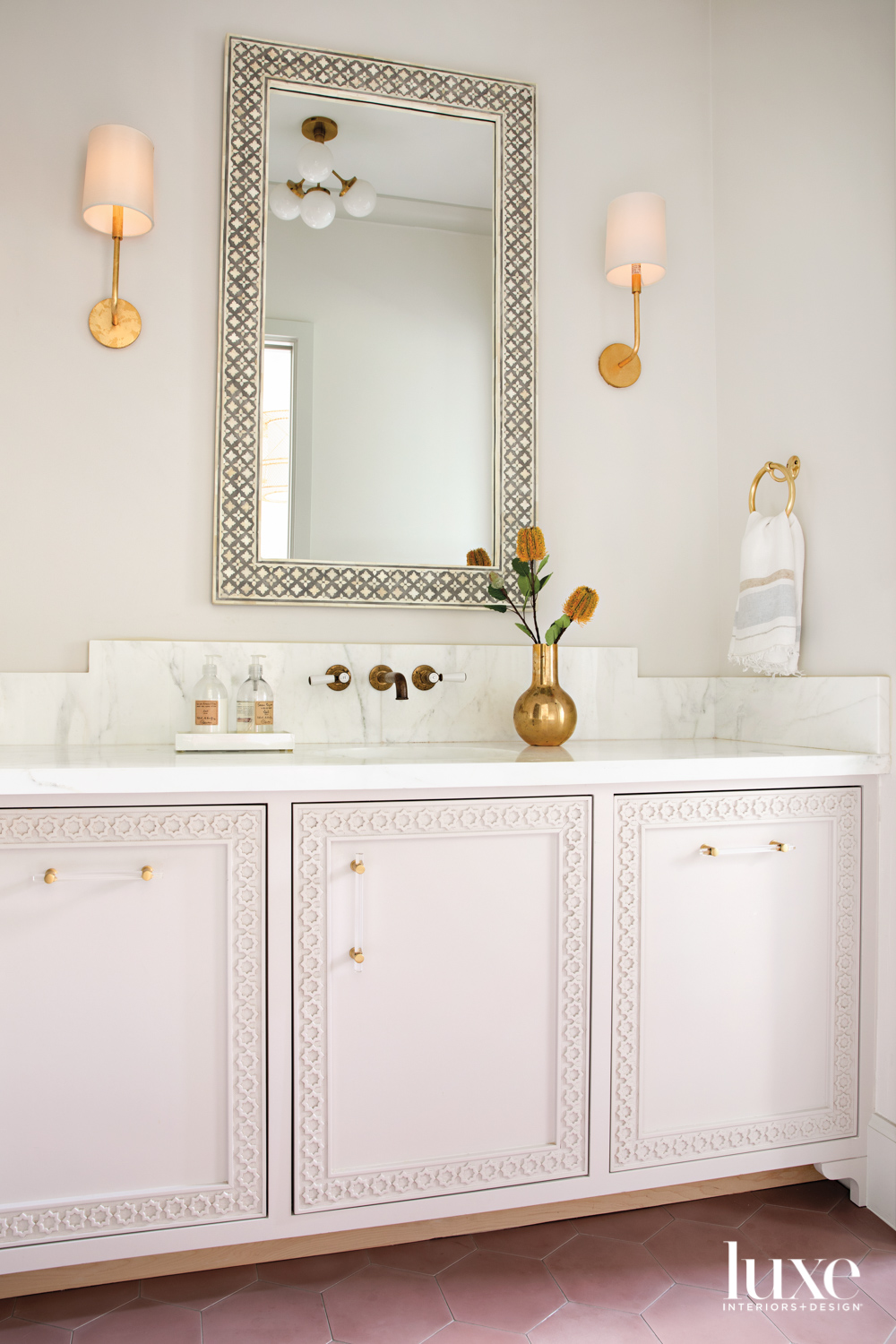 bathroom with moroccan-style accents