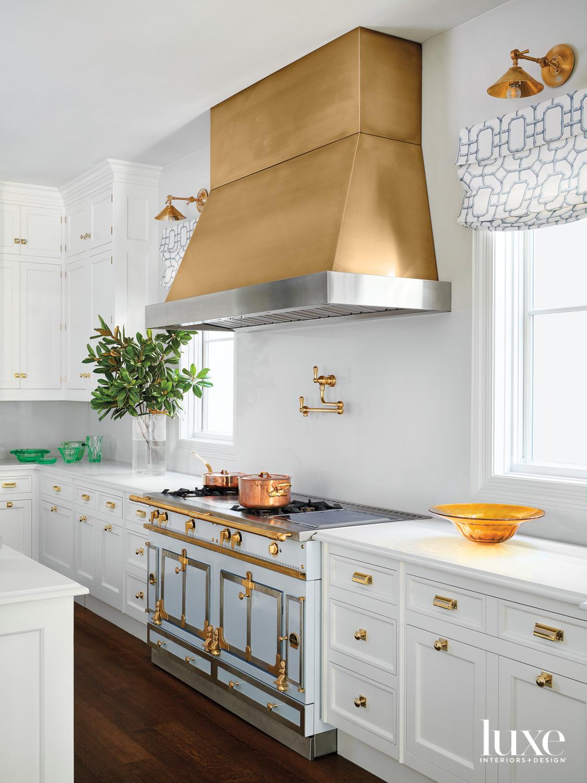 kitchen with a la cornue...
